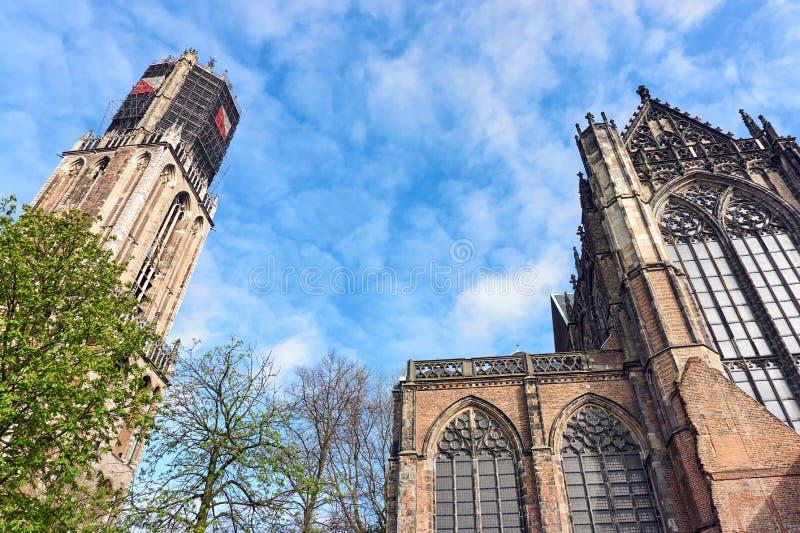 Dom Church y Dom Tower en Utrecht los Países Bajos foto de archivo libre de regalías