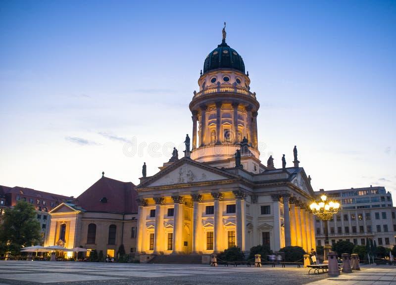 Dom de Franzosischer, Gendarmenmarkt, Berlín, Alemania imagenes de archivo