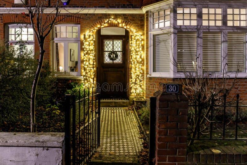 Dom dekorujący dla bożych narodzeń w Londyn fotografia stock