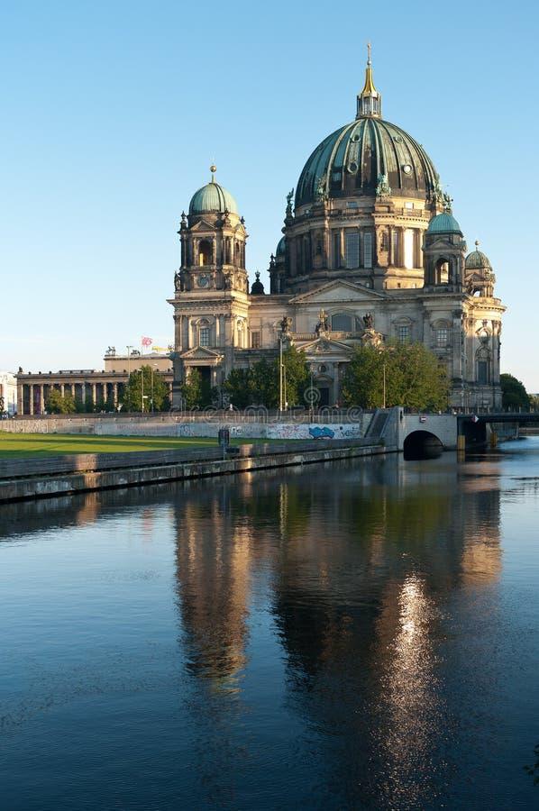 Dom del berlinés imagenes de archivo