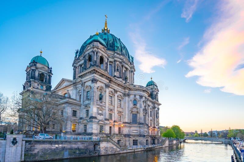 Dom del berlinés en la ciudad de Berlín, Alemania en la isla de museo en la ciudad de Mitte foto de archivo libre de regalías