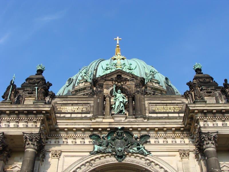 Download DOM del berlinese fotografia stock. Immagine di corsa - 7322792