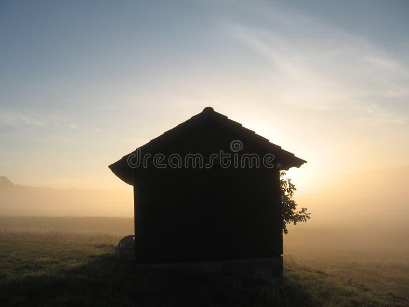 Dom i słońce fotografia stock