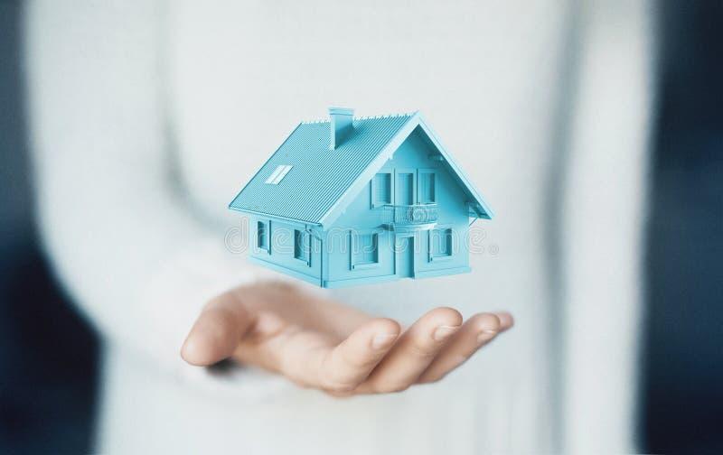 Dom na ręce, kupuje nowego dom, czynsz lub pożyczkę, obraz royalty free