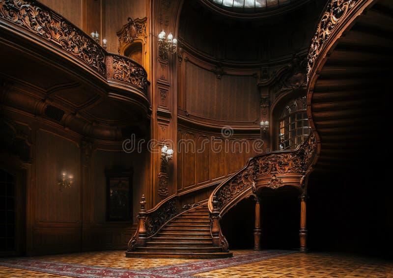 Dom naukowowie Dwór z wyginającym się drewnianym schody, Lviv, Ukraina fotografia stock