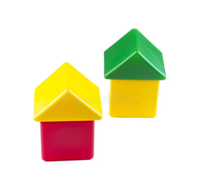 Dom od kolorów bloków odizolowywających dziecko dom fotografia stock