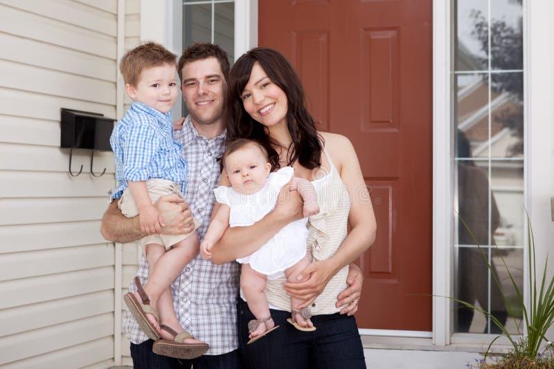 dom rodzinny portret fotografia stock