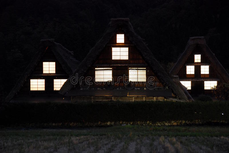 Dom wiejski nocy okno obrazy stock