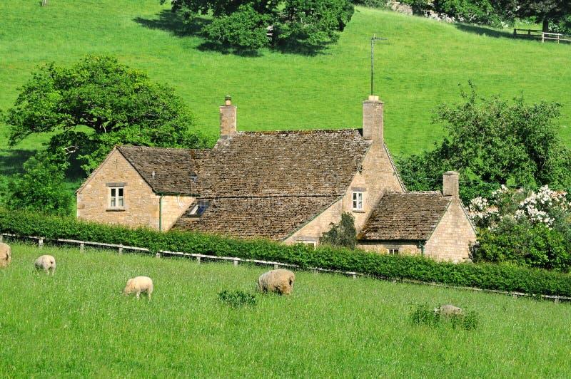 Dom wiejski w Angielskiej wsi Cotswolds fotografia stock