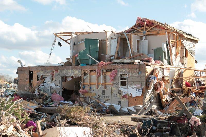 Dom Z tornado szkodą 2013 zdjęcia royalty free