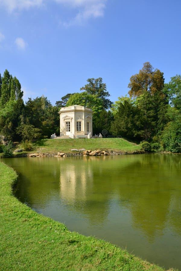 Domaine de Marie Antoinette dans le parc du palais de Versailles images libres de droits