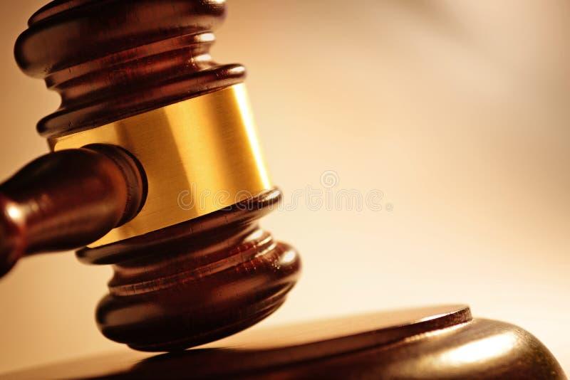 Domare eller auktionsförrättareauktionsklubba arkivbilder