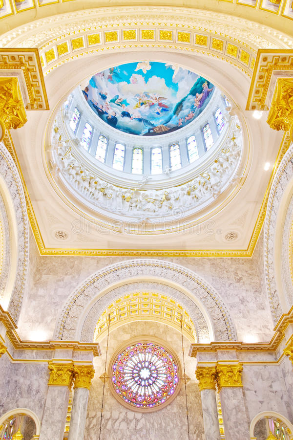 Download Dome  Interior A Catholic Church Stock Photo - Image: 16623008