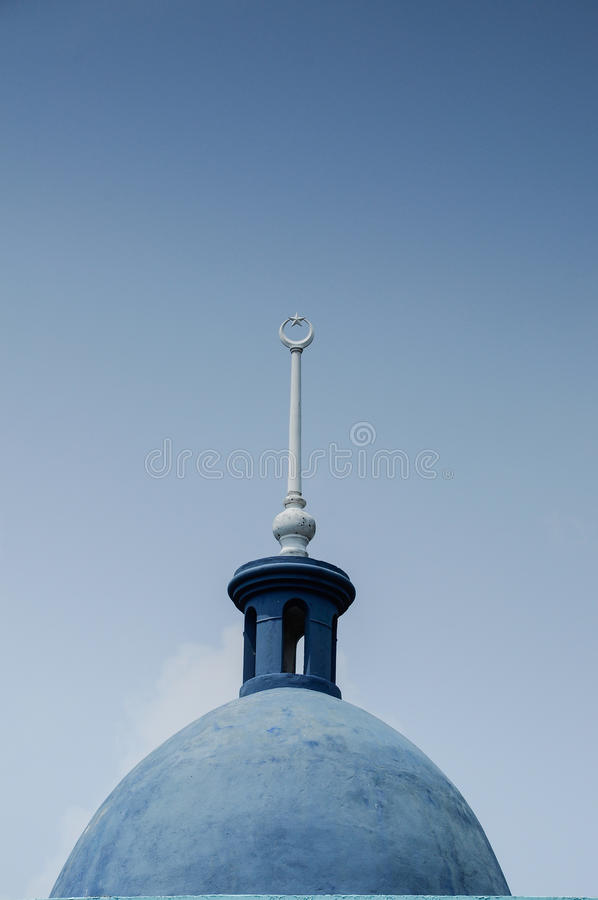 Dome of Sultan Ismail Mosque in Muar. JOHOR, MALAYSIA – JANUARY, 2014: Sultan Ismail Mosque also known as Muar 2nd Jamek Mosque is next to Tanjung Agas royalty free stock image