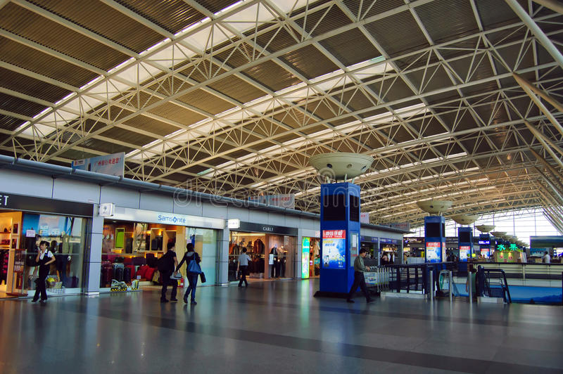 Download Domestic Departure Hall At China Shenzhen Airport Editorial Image - Image: 21922020