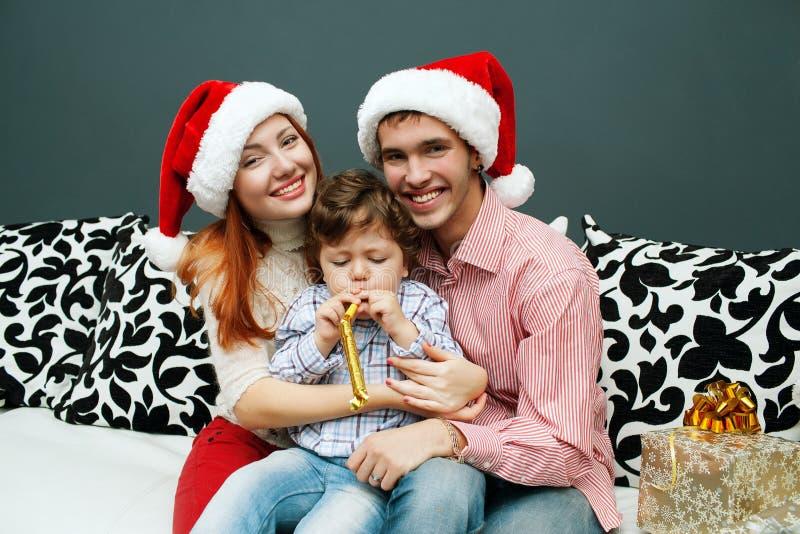 Domicílio familiar de riso novo com abeto vermelho imagens de stock