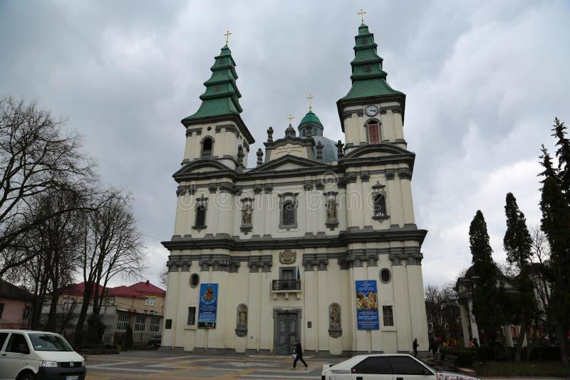 Dominikansk kyrka i Ternopil, västra Ukraina arkivbilder