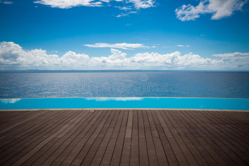 Dominikanska republikenoändlighetspöl med sikt till havet royaltyfri foto
