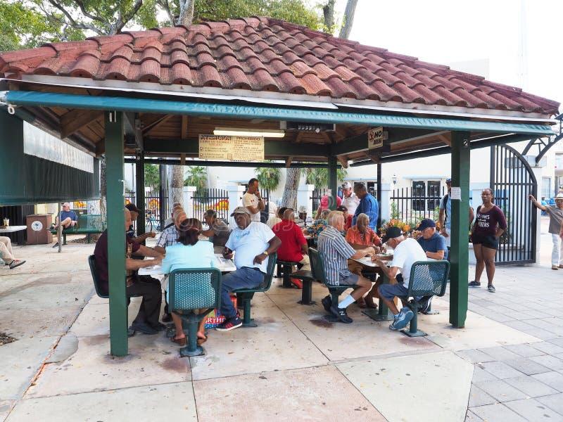 Domino park na Calle Ocho w Mały Hawańskim, Miami, Floryda zdjęcia royalty free