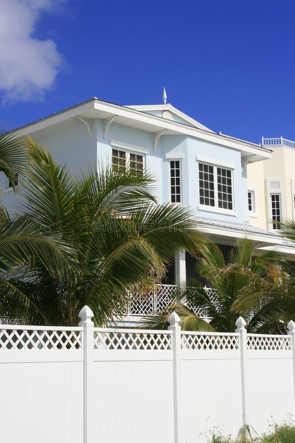 domku na plaży ogrodzenie palik zdjęcia royalty free