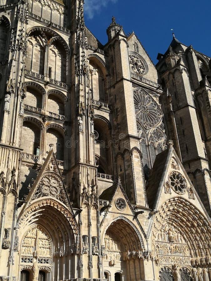 Domkyrka av Bourges, Frankrike royaltyfria foton