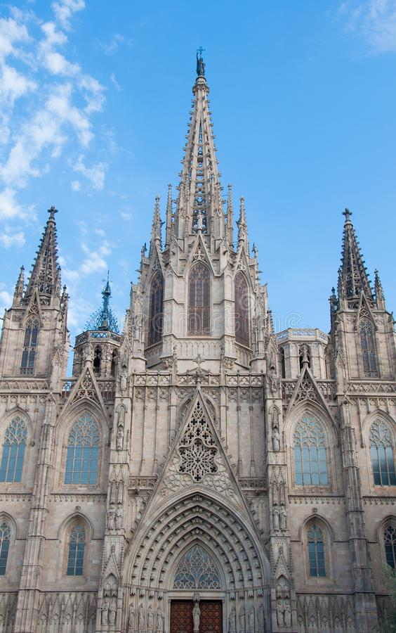 Domkyrka av det heliga korset och helgonet Eulalia, Barcelona, Spanien arkivfoto