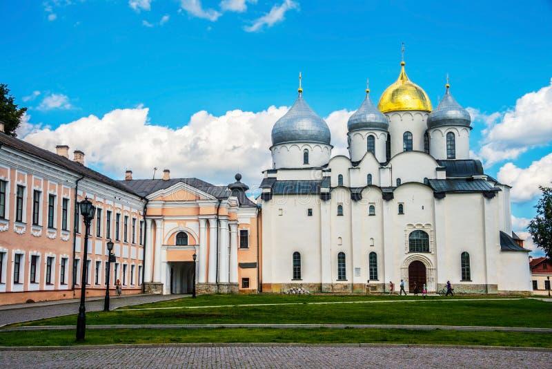 Domkyrka av helig vishet av den Velikiy Novgorod Kreml royaltyfri bild