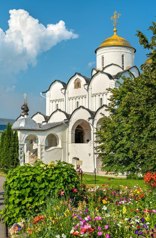 Domkyrka av interventionen av Theotokosen i Suzdal, Ryssland fotografering för bildbyråer