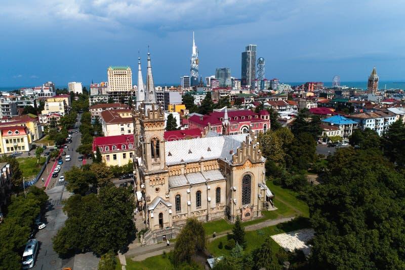 Domkyrka av Kristi födelsen av den välsignade jungfruliga Maryen i Batumi royaltyfri foto