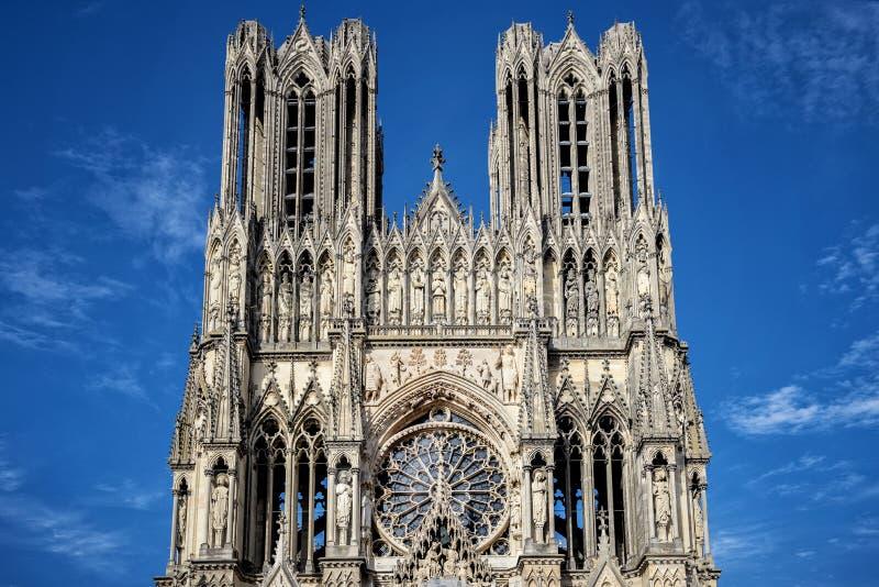 Domkyrka av Notre-Dame, Reims, Frankrike arkivfoton
