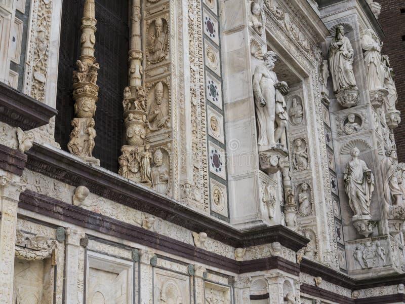 Domkyrka av Pavia, Italien arkivfoton