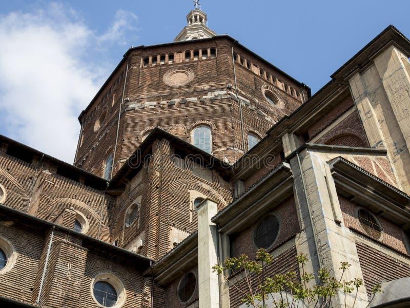 Domkyrka av Pavia, Italien arkivfoto