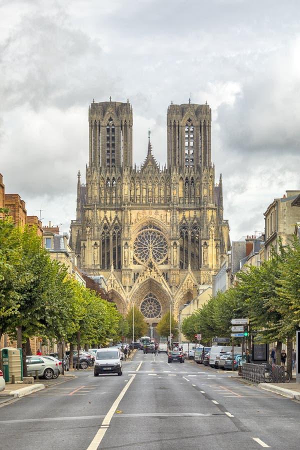 Domkyrka av Reims, Frankrike royaltyfri foto