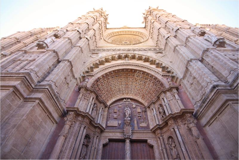Domkyrka av Santa Maria av Palma De Mallorca - La Seu royaltyfria bilder