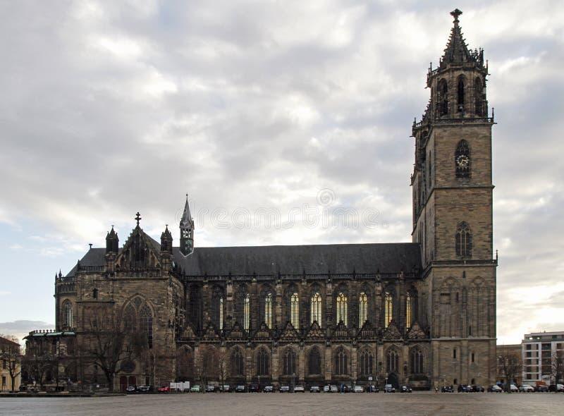 Domkyrka av staden Magdeburg i Tyskland royaltyfri bild