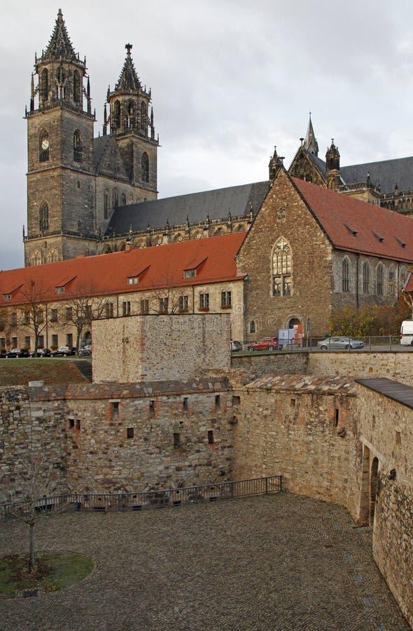 Domkyrka av staden Magdeburg i Tyskland royaltyfria bilder