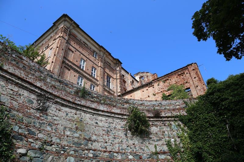 Domkyrka av Superga i kullen nära den Turin staden arkivbild