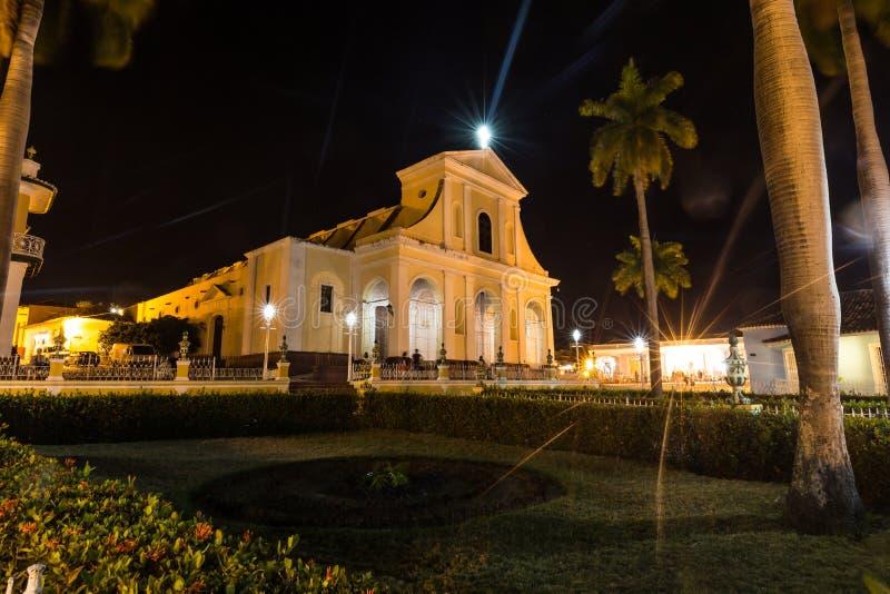 Domkyrka av Trinidad vid natten, Kuba royaltyfria bilder