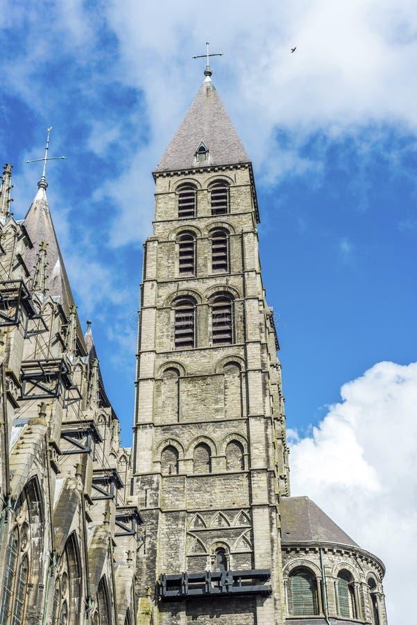 Domkyrka av vår dam av Tournai i Belgien arkivfoto