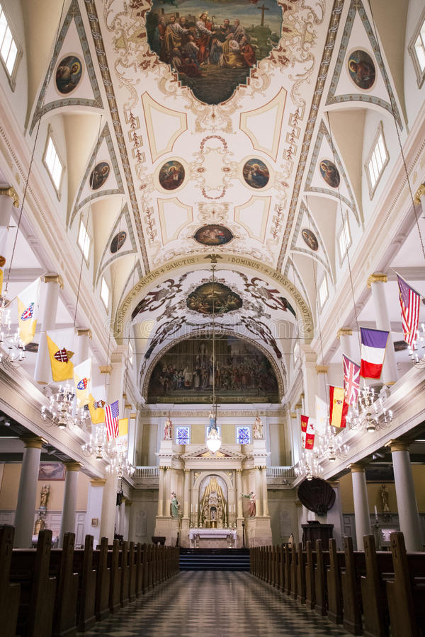 Domkyrka - basilika av helgonet Lewis i New Orleans royaltyfri foto