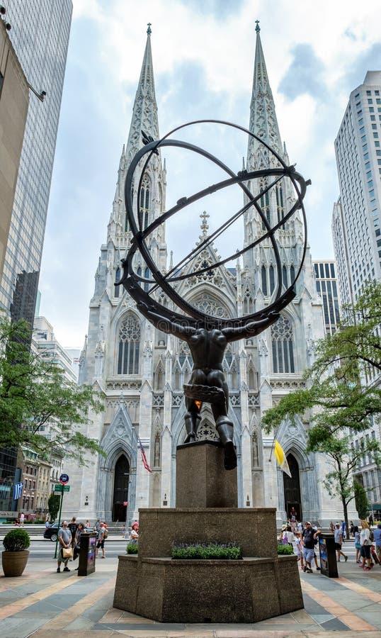 Domkyrka för den kartbokstaty- och St Patrick `en s i New York arkivfoton