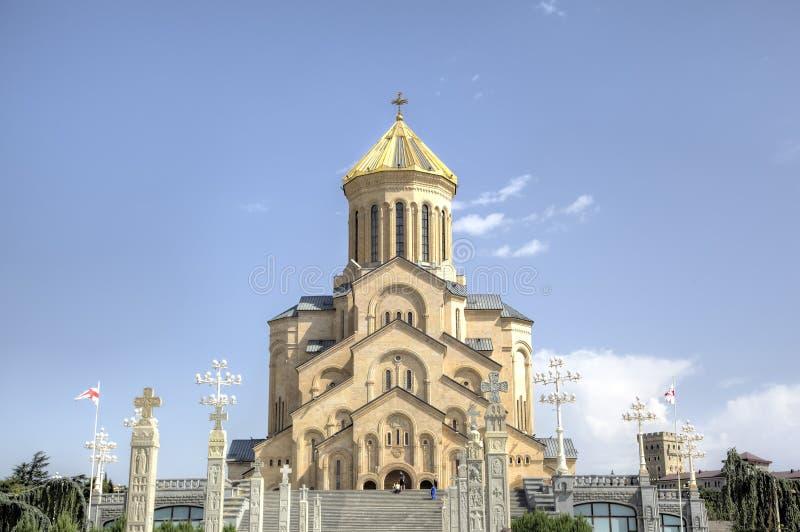 Domkyrka för helig Treenighet (Tsminda Sameba) georgia tbilisi royaltyfri fotografi