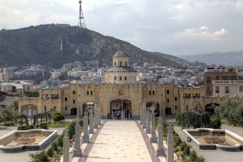 Domkyrka för helig Treenighet (Tsminda Sameba) georgia tbilisi arkivbilder