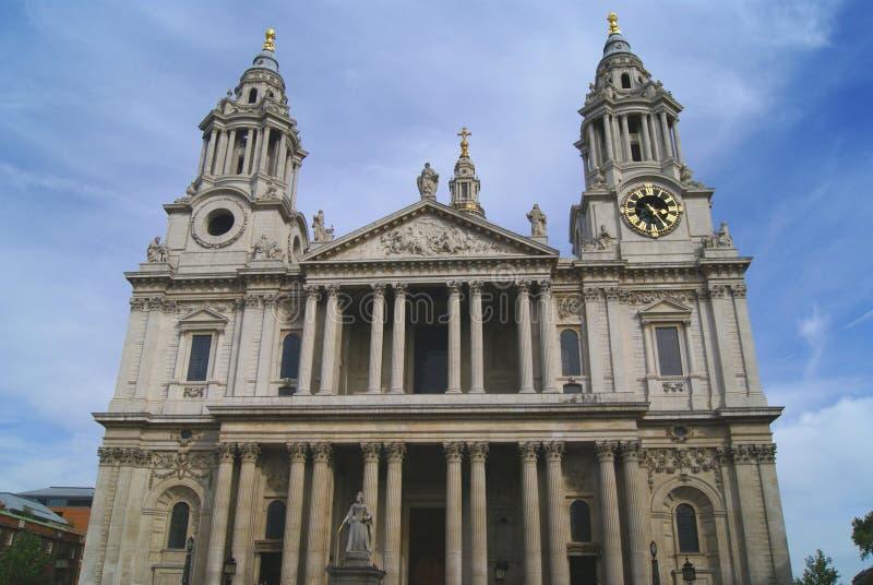 Domkyrka för St Paul's i London, England royaltyfria foton