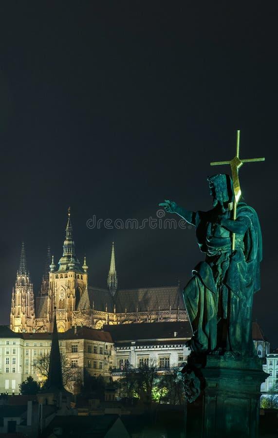 Domkyrka för St Vitus arkivfoton