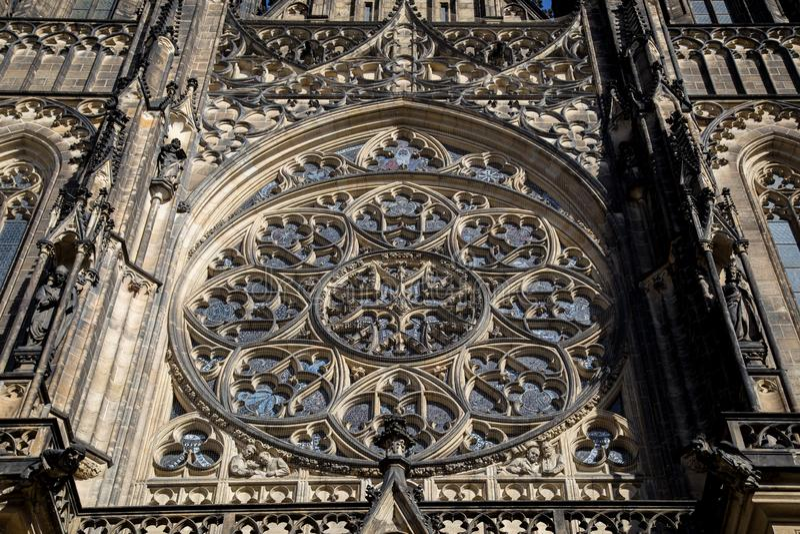 Domkyrka f?r St Vitus i Prague arkivbild