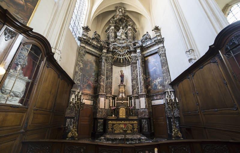 Domkyrka Helgon-Michel-och-Gudule de Bruxelles, Belgien royaltyfri bild
