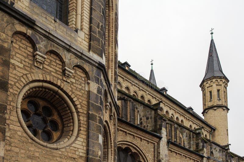 Domkyrka i Bonn, Tyskland arkivfoto