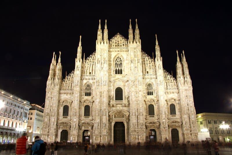 Domkyrka i Milan, Italien på natten royaltyfria foton