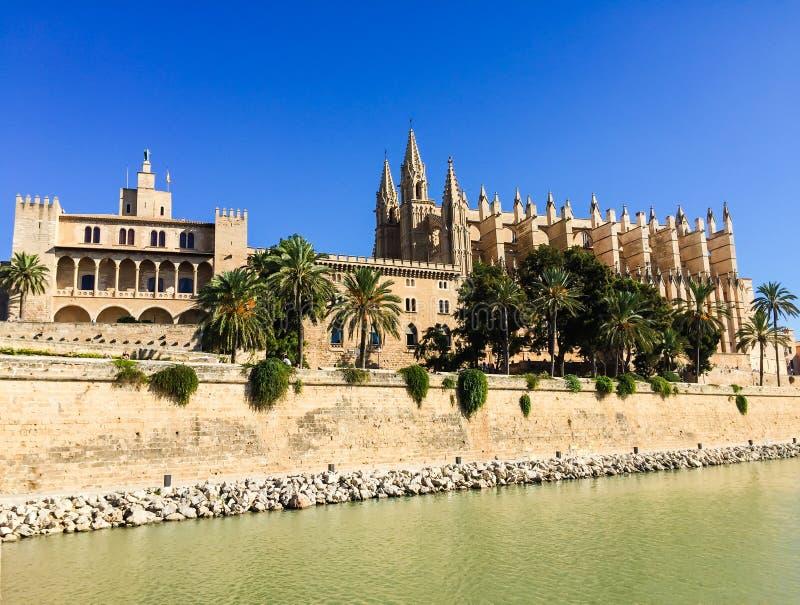 Domkyrka i Palma de Mallorca, Spanien royaltyfria bilder